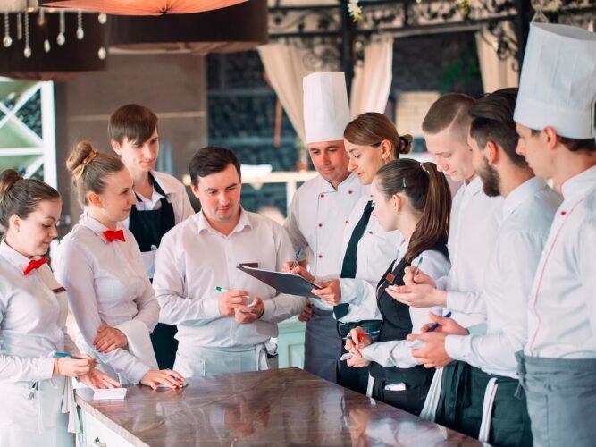 Tips para el sector de la hostelería ante el coronavirus: como minimizar el impacto económico